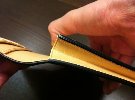 財布 マチ