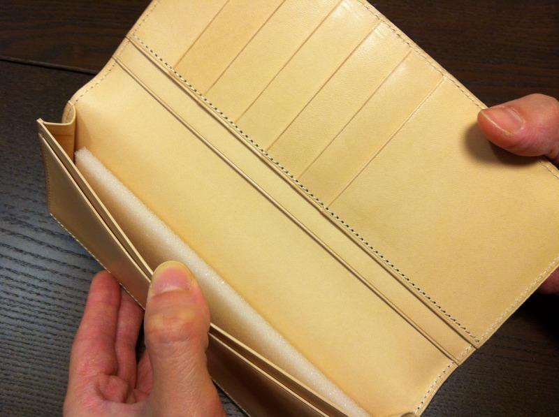 http://menz-wallets.shiawase-life.net/img/cordovan/cordban026.jpg